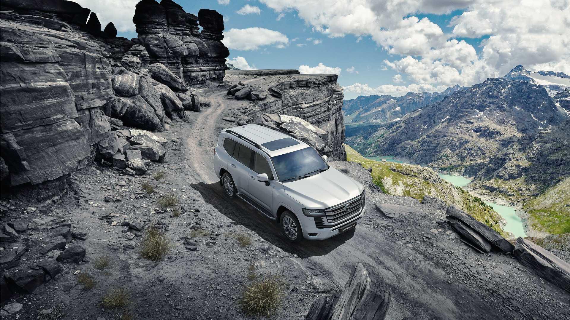 2022 Toyota Land Cruiser (2)